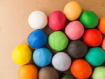 pate-a-modeler-couleur